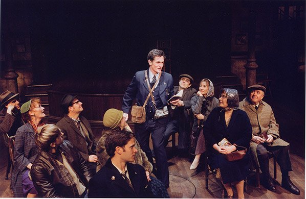 Roger Rees and Cast. Photo by Paul Kolnik