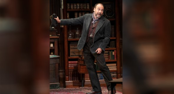 Danny Burstein. Photo by Joan Marcus