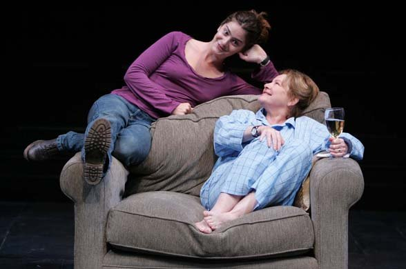 Gaby Hoffmann and Dianne Wiest
