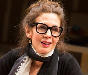 Jessica Hecht Makes ADMISSIONS